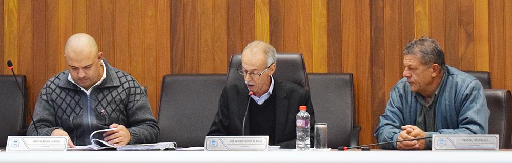 Câmara Municipal realiza a 16ª Sessão Ordinária de 2017
