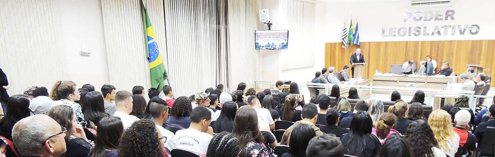 Câmara Municipal realiza 19ª Sessão Ordinária do ano