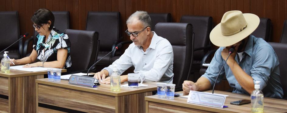 Câmara Municipal realiza a 8ª e 9ª Sessões Extraordinárias do ano